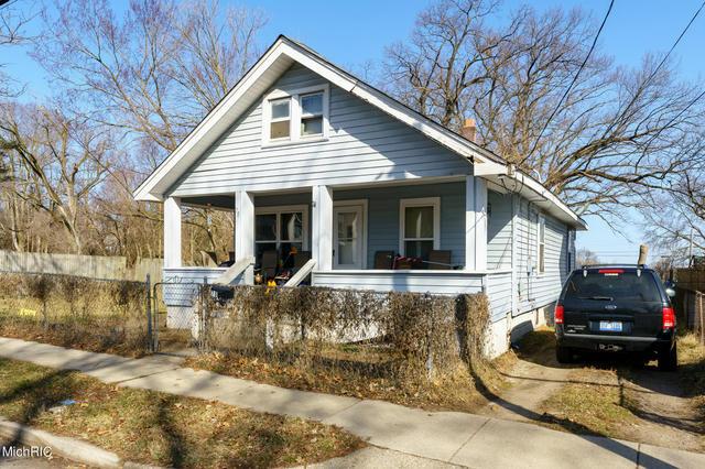 78 Frisbie Ave Battle Creek, MI 49037