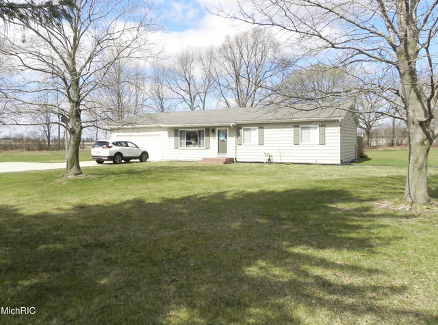 22212 N Angling Rd Centreville, MI 49032
