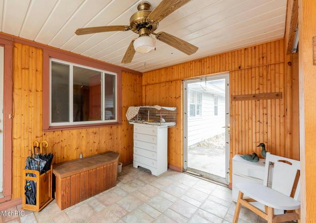 10009 W Garbow Rd Middleville, MI 49333
