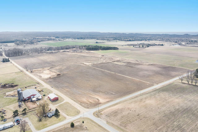 80 Acres +/- 72nd Ave Pentwater, MI 49449