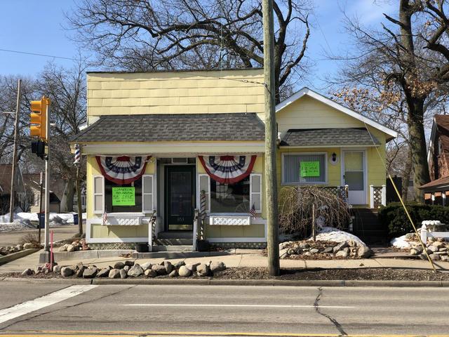 853 Fuller Ne Ave Grand Rapids, MI 49503