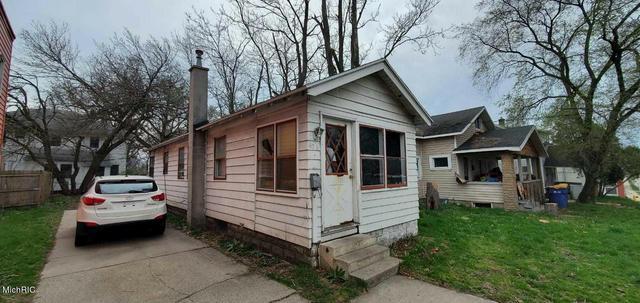 436 Burton Sw St Grand Rapids, MI 49507