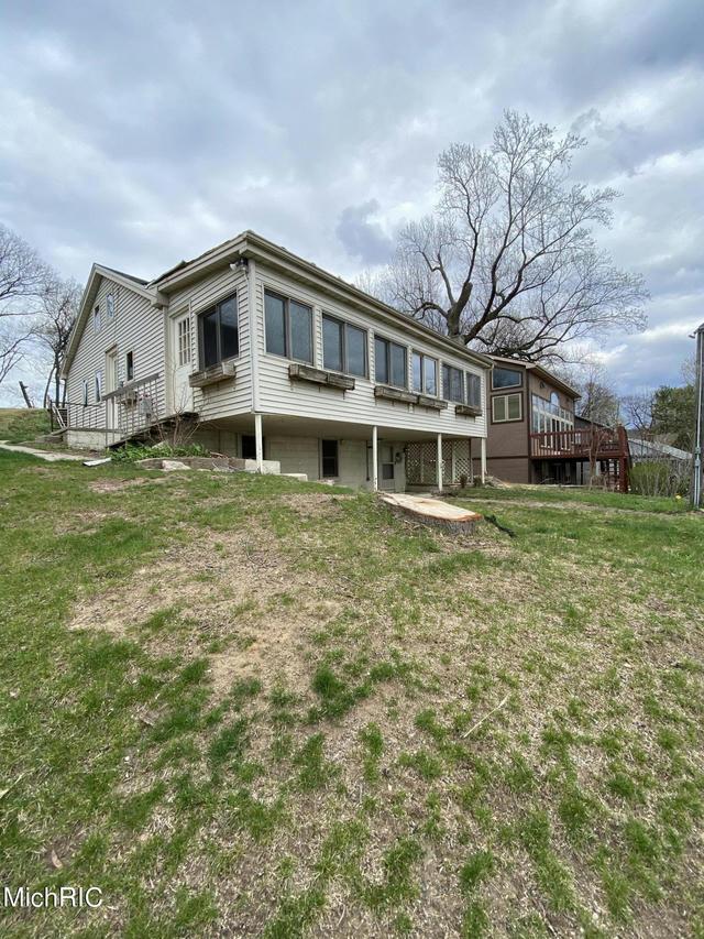 10862 Hermitage Pointe Rd Middleville, MI 49333
