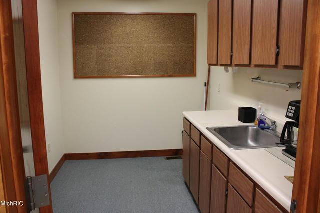 3307 E Kilgore Suite 1 Rd Kalamazoo, MI 49001