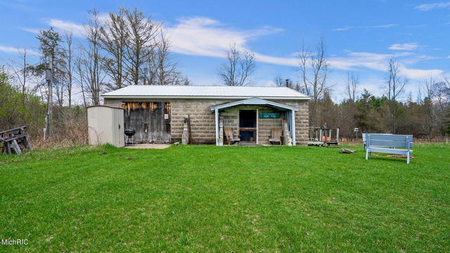 2696 N Old M-63  Luther, MI 49656
