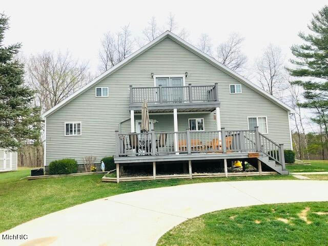 17854 Lost Lake Rd Barryton, MI 49305