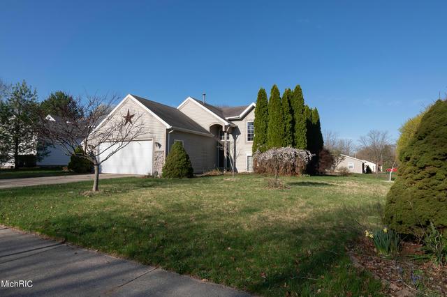 1439 Trailside Nw Ct Grand Rapids, MI 49504