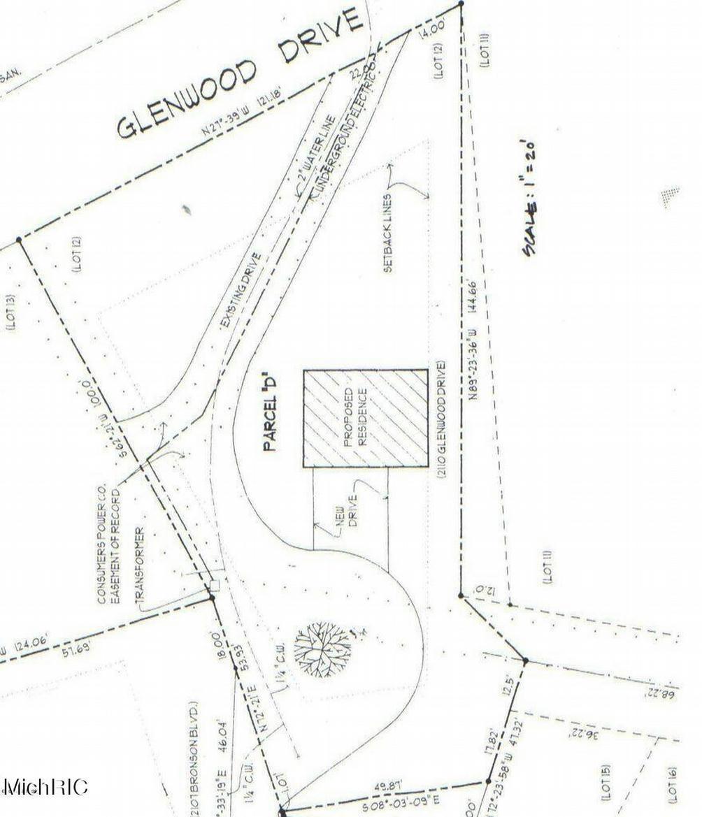 2110 Glenwood Dr Kalamazoo, MI 49008