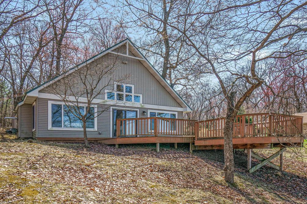 435 Pretty Lake Heights Kalamazoo, MI 49009