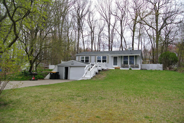 357 Mabel Nw St Comstock Park, MI 49321