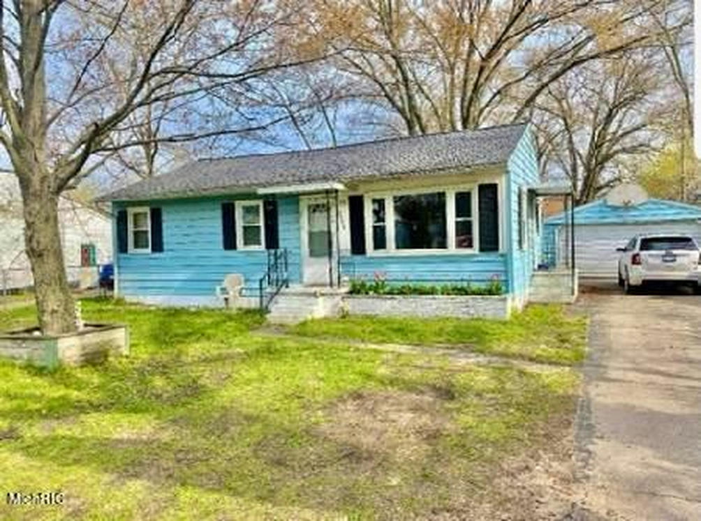 2350 Ducey Ave Muskegon, MI 49442