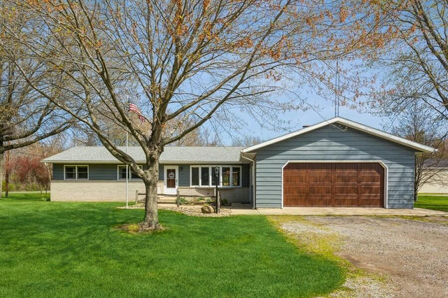 13469 Three Oaks Rd Sawyer, MI 49125
