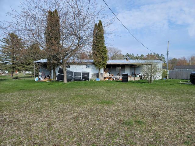 8486 N Custer Rd Free Soil, MI 49411