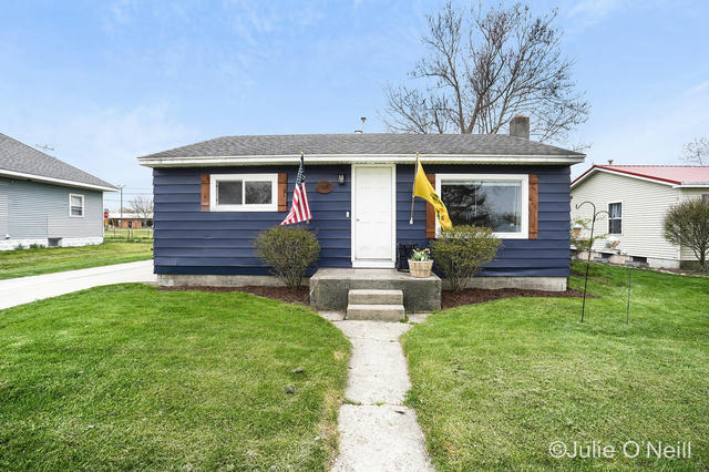 168 W Oak Ne St Sand Lake, MI 49343