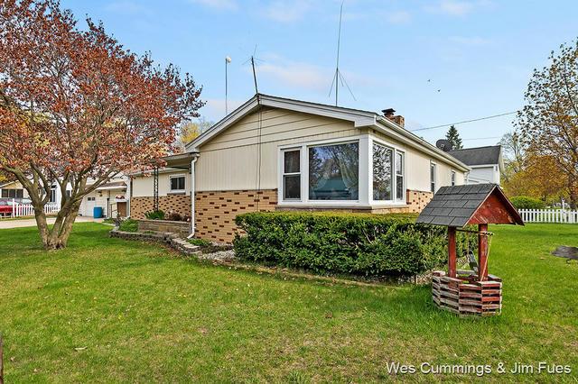 419 W Pine St Carson City, MI 48811