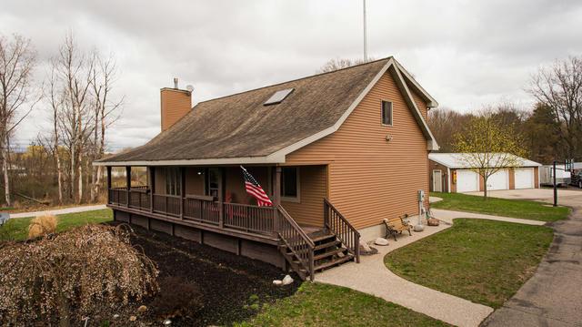 15906 Northland Ne Dr Cedar Springs, MI 49319