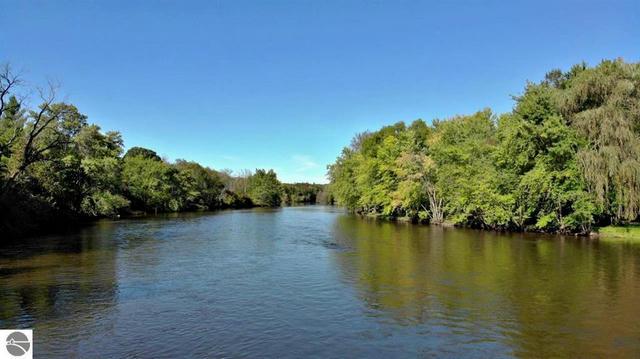 Lot 8 River Bend  Evart, MI 49631