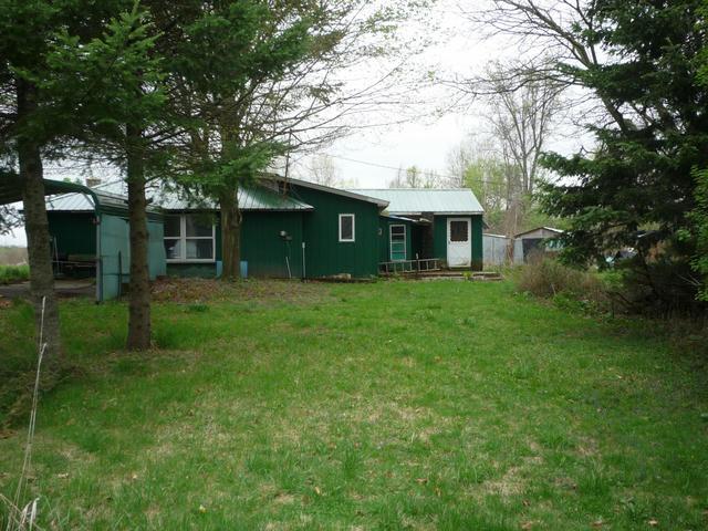 427 Jonesville Rd Coldwater, MI 49036
