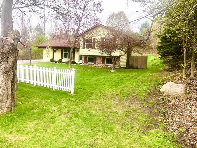 7809 Potter Rd Rd Bear Lake, MI 49614