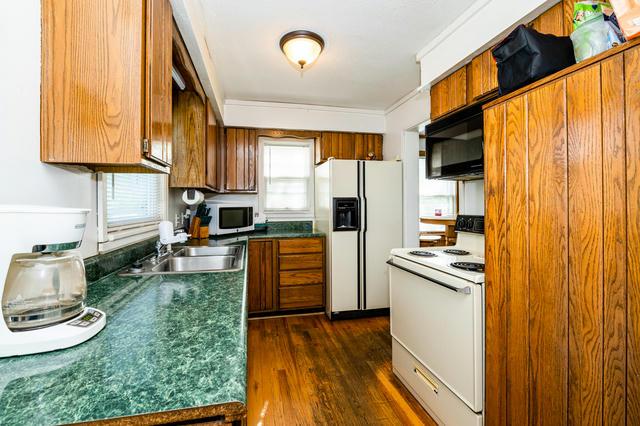 1614 Broadway  Benton Harbor, MI 49022