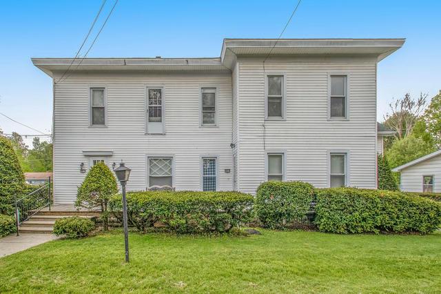 205 W Burr Oak St Centreville, MI 49032