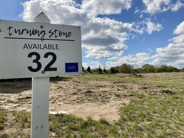 7899 Turning Stone Trail Kalamazoo, MI 49009