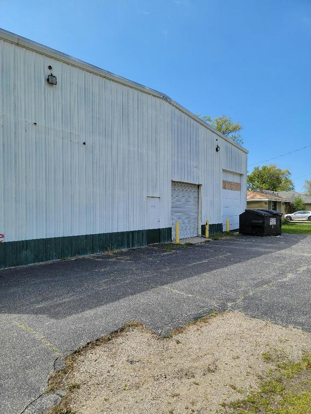 2075 Red Arrow Highway Benton Harbor, MI 49022