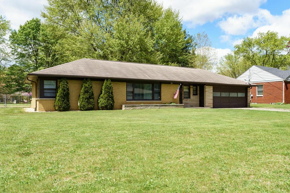 3761 Saratoga Ave Kalamazoo, MI 49048