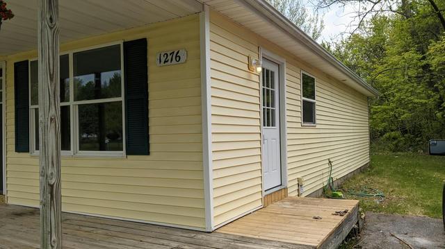 1276 Maynard Dr Benton Harbor, MI 49022
