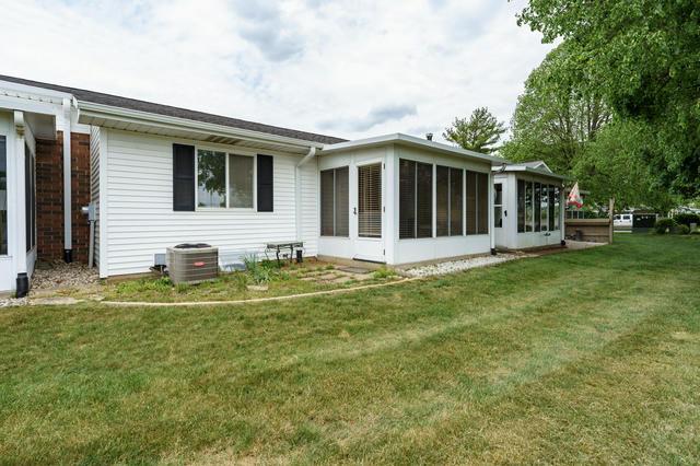 5017 Green Meadow 66 Rd Kalamazoo, MI 49009
