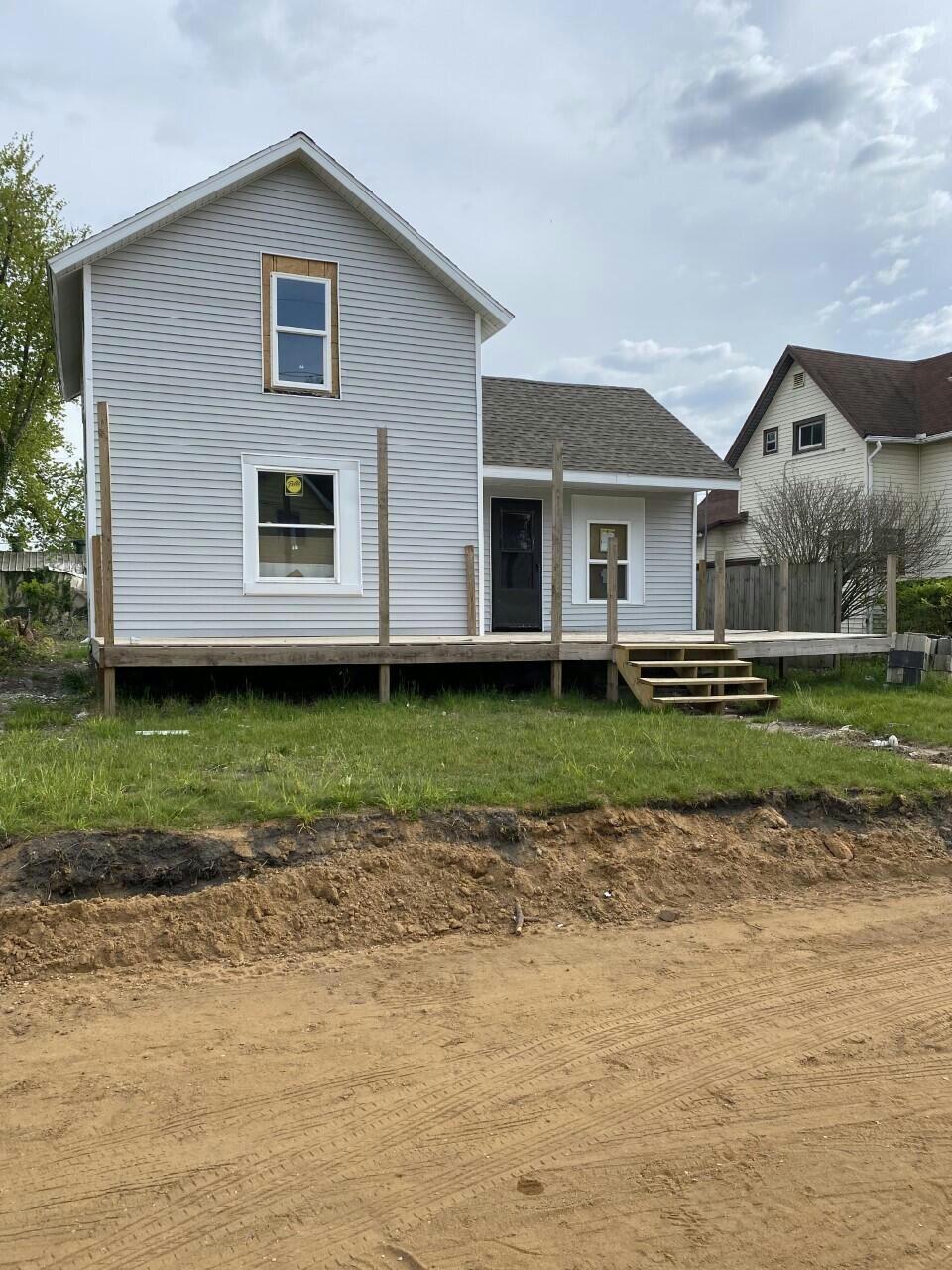 436 Maple St Benton Harbor, MI 49022