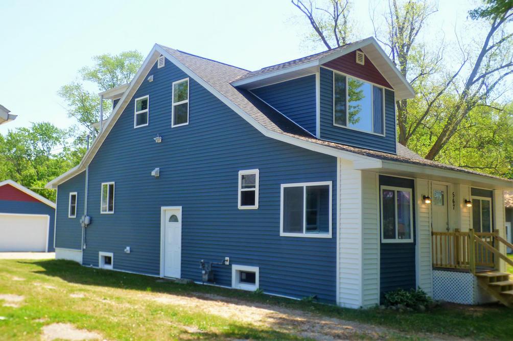 567 Buena Vista Rd Benton Harbor, MI 49022