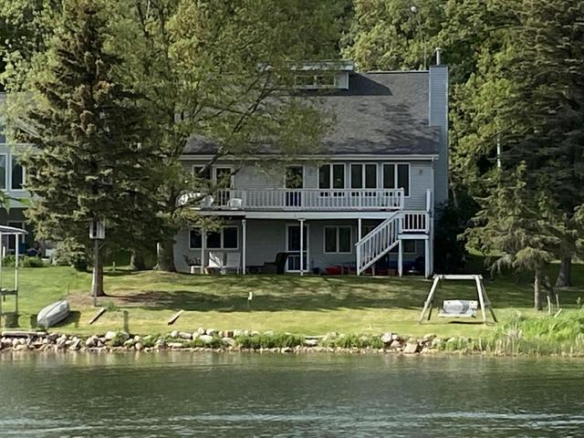 11259 Lake Rd Canadian Lakes, MI 49346