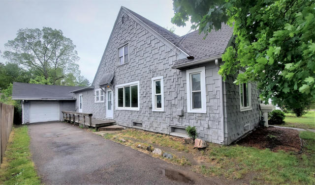 1767 W Michigan Ave Battle Creek, MI 49037