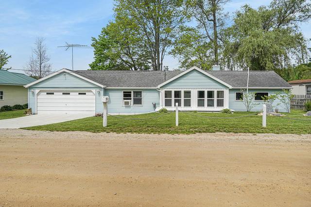 1031 S Coolidge Ave Six Lakes, MI 48886
