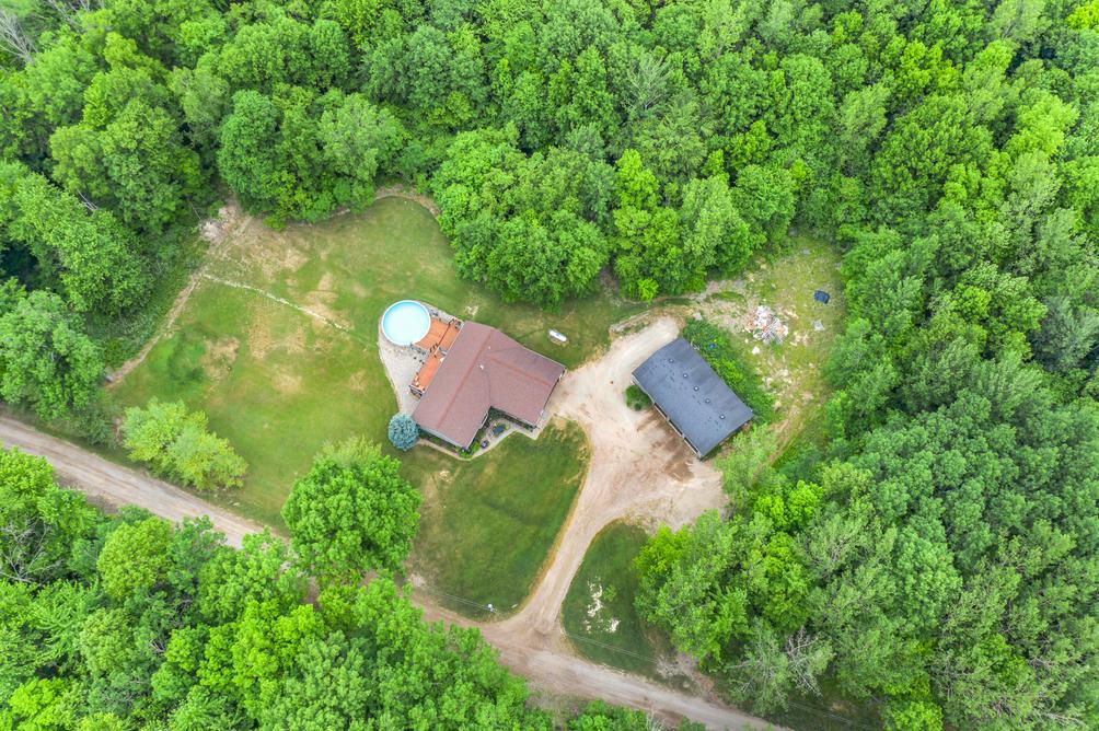 1759 Roslin Rd Benton Harbor, MI 49022