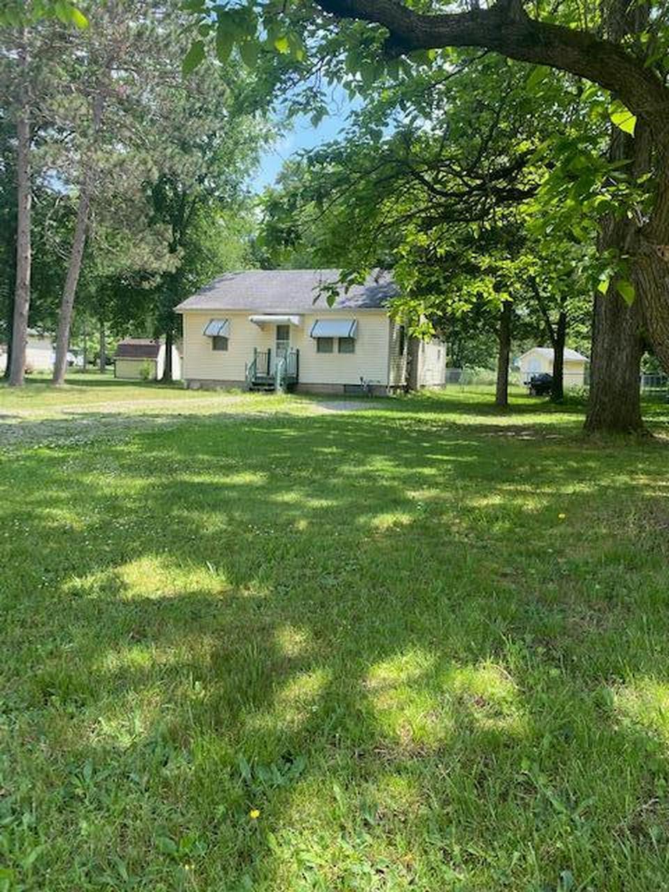 704 Linwood Ave Battle Creek, MI 49037