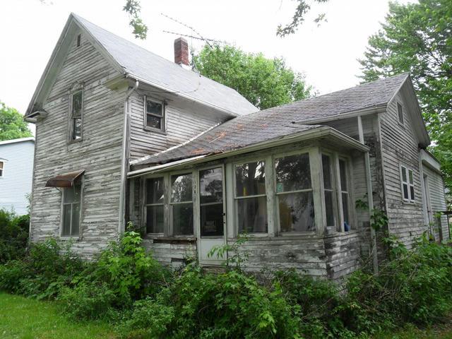 1324 Johnson St St Lake Odessa, MI 48849