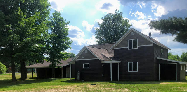 504 Spring St Luther, MI 49656