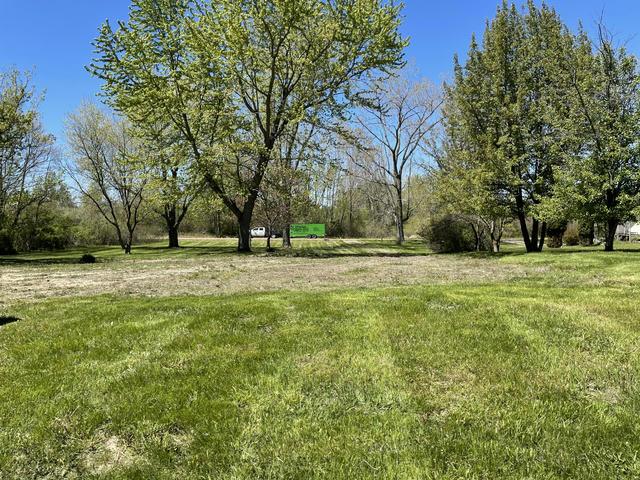 2175 S Blue Creek Rd Benton Harbor, MI 49022
