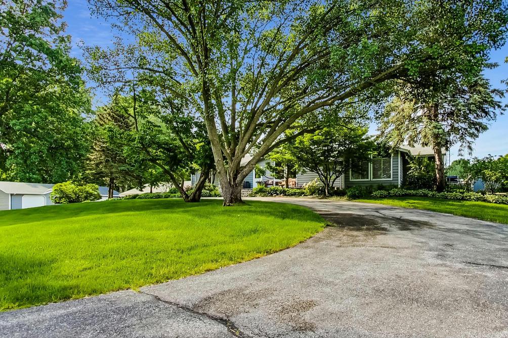 1655 N Shebel Rd Michigan City, IN 46360