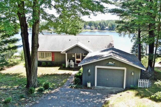 7956 Island Ct Canadian Lakes, MI 49346