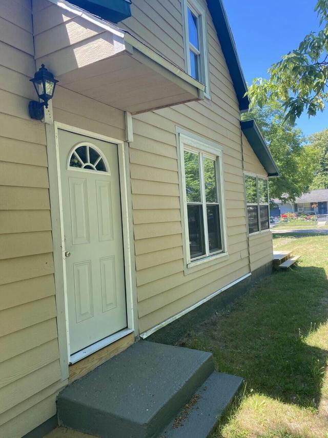 243 Oden St Benton Harbor, MI 49022