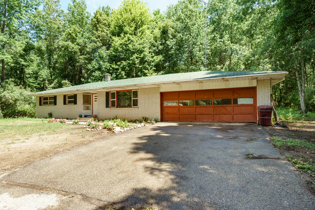 22760 Collier Ave Battle Creek, MI 49017