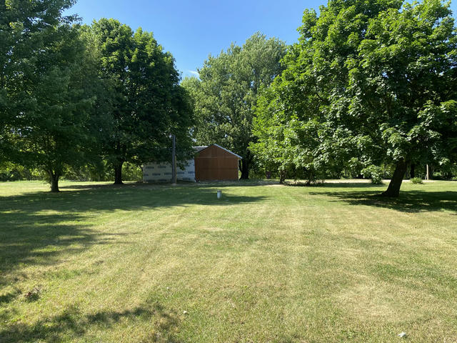 2760 W County Farm Rd Sheridan, MI 48884