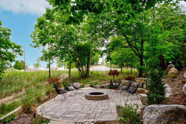 18840 Piney Point Dr Spring Lake, MI 49456