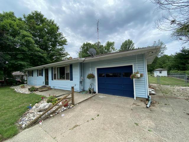 2854 Eaman Rd Benton Harbor, MI 49022