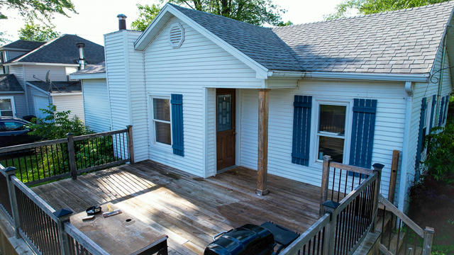 406 Lakeview St Crystal, MI 48818