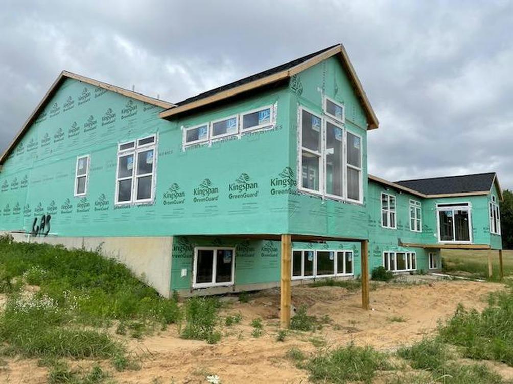 7586 Brook Villa 103 Ct Allendale, MI 49401