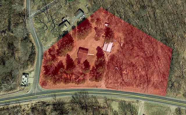 70531 Elkhart Rd Edwardsburg, MI 49112